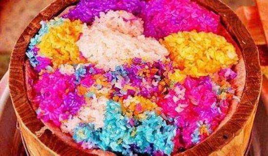 传统的原始布依花米饭制作均是手工制作,过程复杂,步骤多. 备料